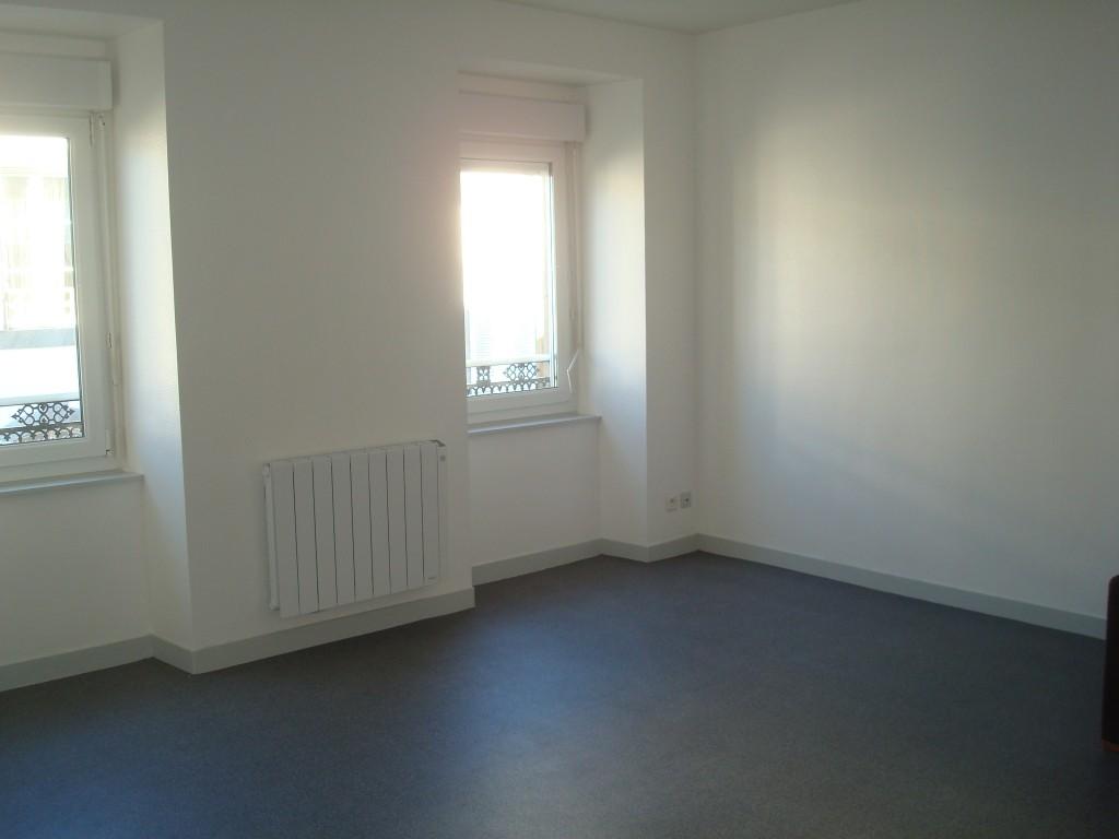 Appartement T2 rénové proche siam et capucins