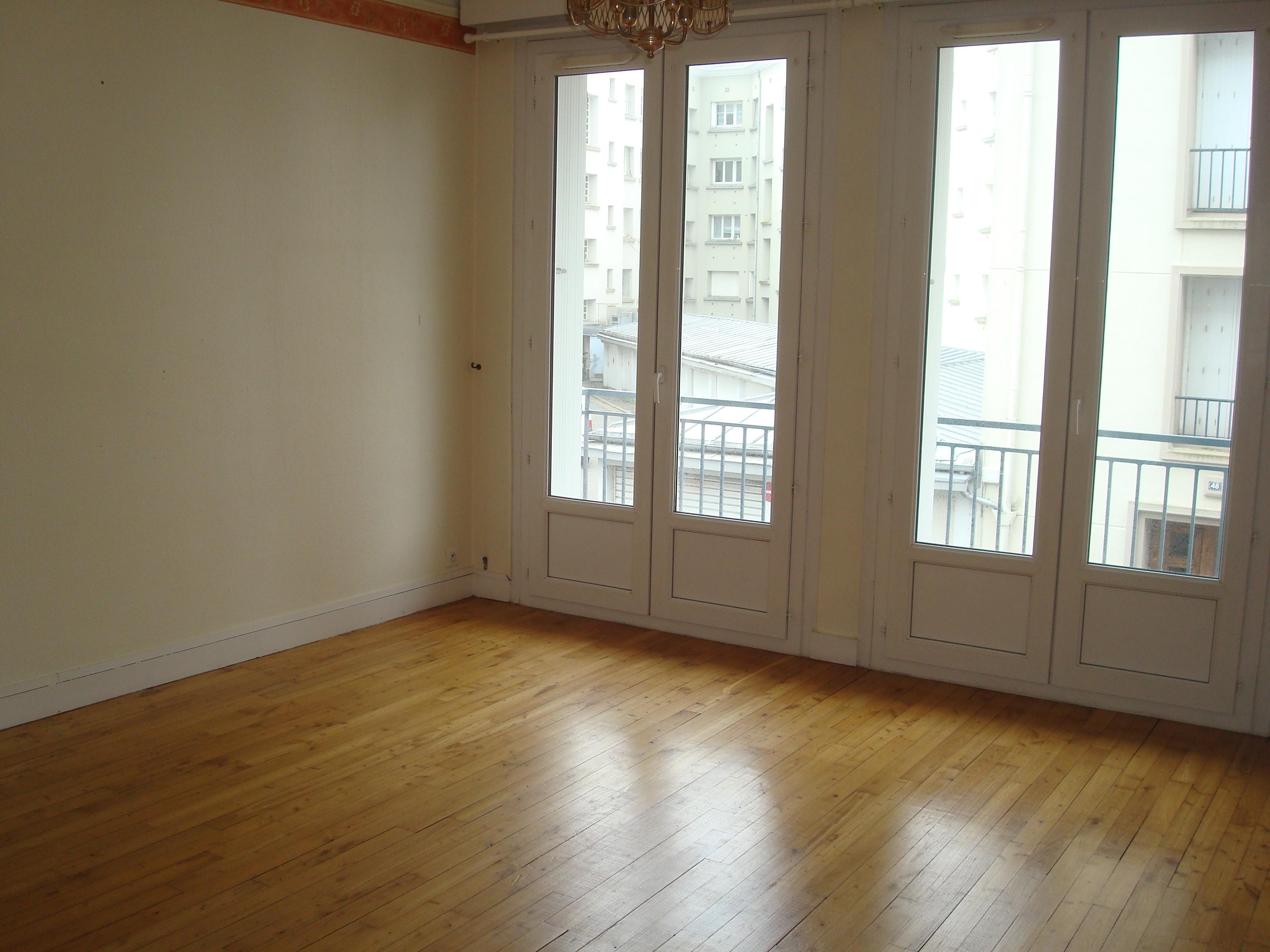 Appartement de 74 m2 brest centre 131 900 fai brest for Appartement agence