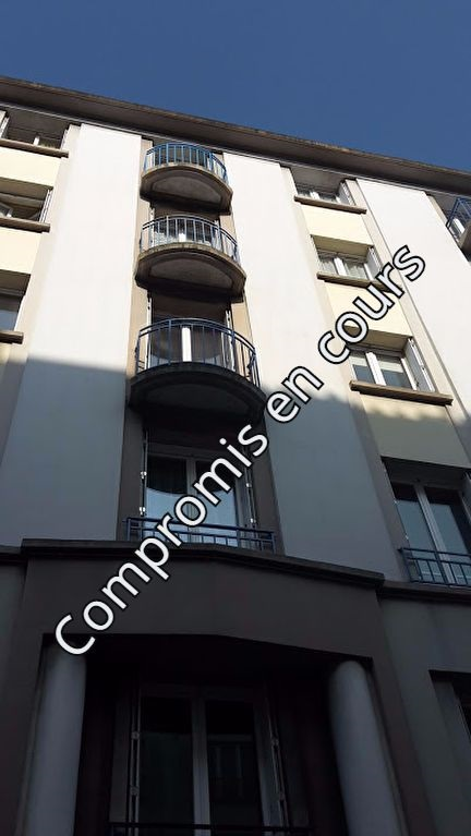 appartement T3 dalle beton ascenseur balcon a brest centre ville
