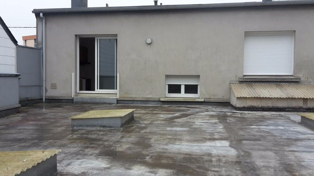 Maison t6 avec hangar brest rive gauche 198 990 fai for Maison atypique definition
