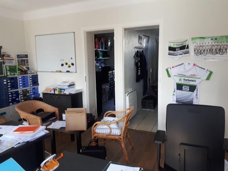appartement T3 rénové brest rive gauche proche commerces tramway garage
