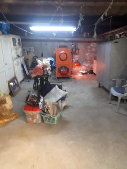 Maison année 30 5 chambres, garage au bourg de brest saint marc